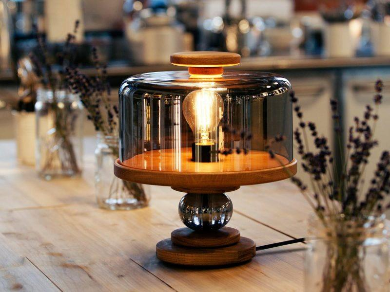 Northern-Lighting-Bake-me-a-cake-Table-Lamp-Lifestyle (1)