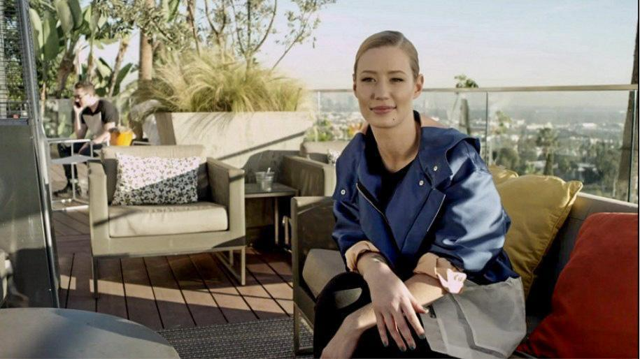 iggy-azalea-did-vogues-73-questions-interview-at-her-la-mansion-915x514_edited