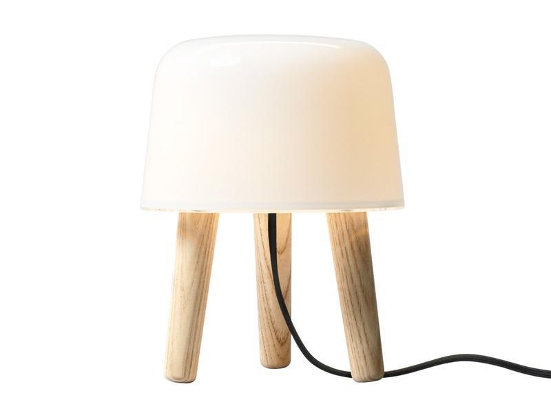 andtradition-milk-na1-table-lamp